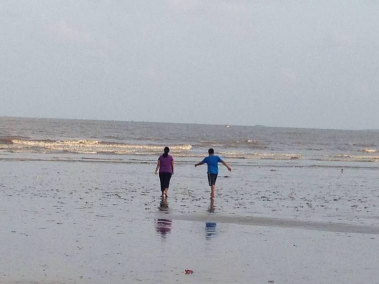 Nidhish and Ranoo in the Sea