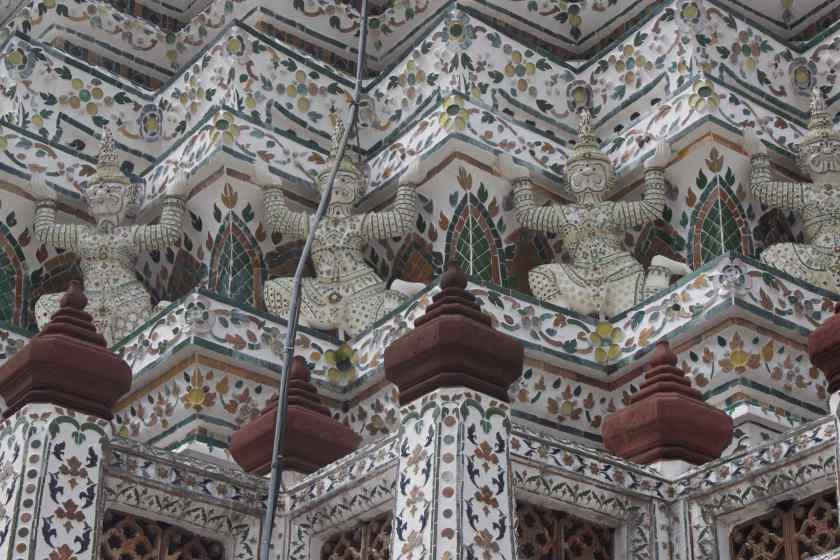 Sculptures in Wat Arun