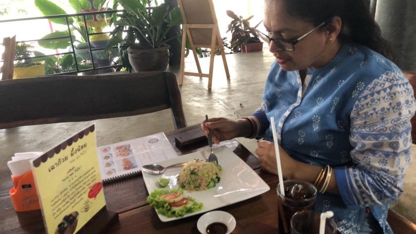 Deepshree ordered Khao Pat Je (Vegetable Fried Rice)