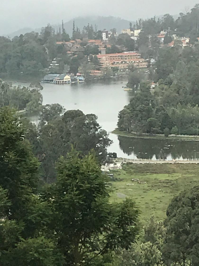Kodaikanal Lake in the background