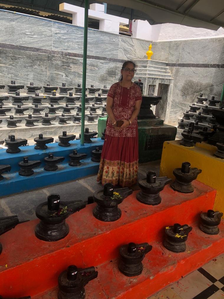 Shiva Lingas on entering Kotilingeshwara